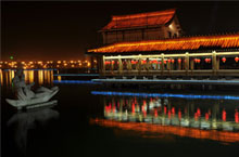 Tang-Style Commercial & Cultural District: A Part of Xi'an that Never Sleeps
