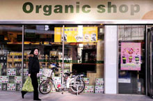 Live Well: Natural and Organic Food Stores in Beijing