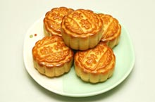 Mid-Autumn Festival Madness: Guide to Buying Mooncakes in Shenzhen