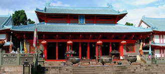 Step Back in Time: Discover the Temples of Shenzhen