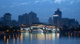 One Weekend in Chengdu: What to Do, Where to Eat and Drink