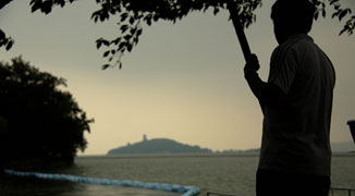Exploring Wuxi's Natural Scenery: Yuantouzhu Peninsula by Taihu Lake