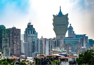 Macau to Grant Entry to Certain Foreigners from Mainland China