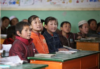 China Considers Removing English from Compulsory Education