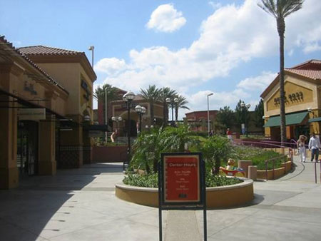 Beijing Scitech Premium Outlet Mall