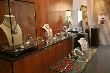 Ten Jewelry Shops in Shanghai