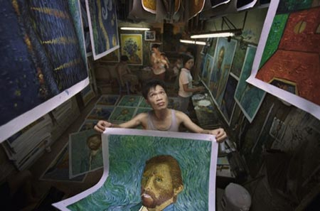 Own Your Very Own Mona Lisa: Shenzhen's Dafen Oil Painting Village